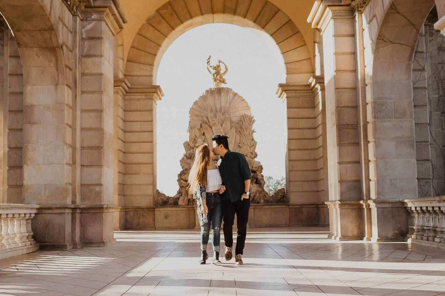 Engagement photos in Ciutadella Park, Barcelona