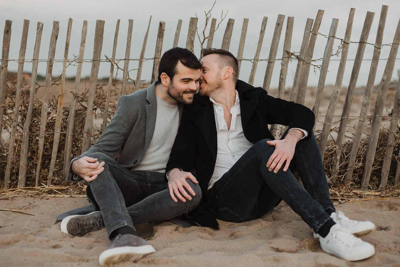Same sex couple photo shoot in Barcelona beach