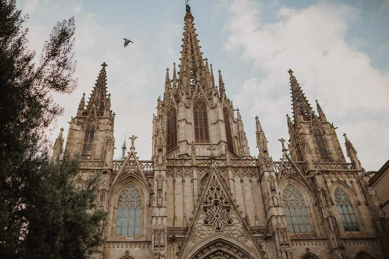 Cathedral of Barcelona, Gothic neighborhood