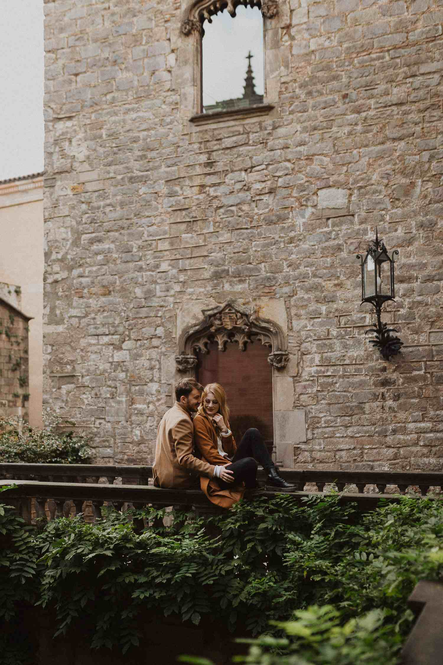 Engagement photos in Barcelona's old town