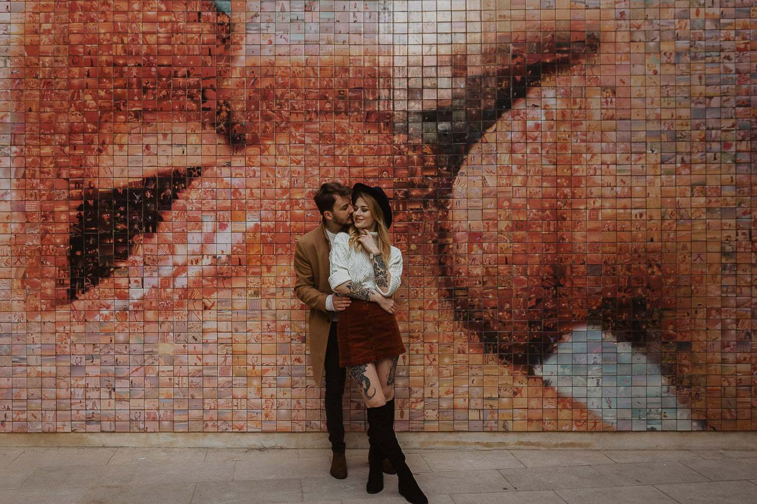 The mural of Barcelona: The World Begins With Every Kiss