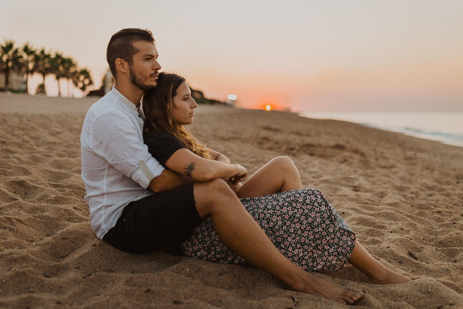 Engagement photos in Barcelona beach