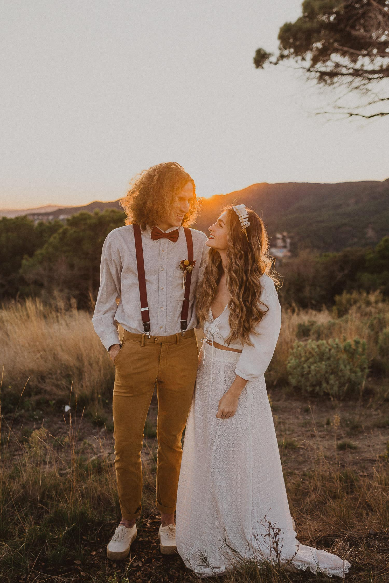 Sunset elopement in Catalonia